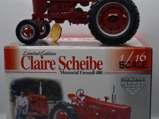 Farmall 400 die cast tractor  1 16 scale