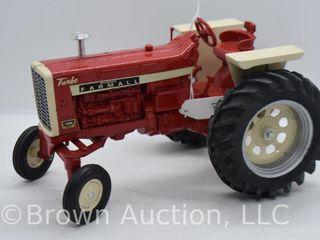 Farmall Turbo 1206 die cast tractor  1 16 scale