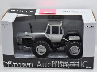 White 4 175 4WD die cast tractor  1 32 scale