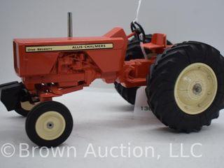 Allis Chalmer One Seventy die cast tractor  1 16 scale