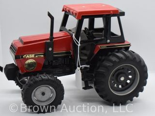 Case IH 3294 die cast tractor  1 16 scale