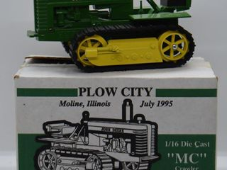 John Deere MC crawler Trac Tractor  die cast  1 16 scale