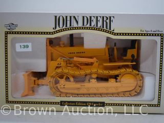 John Deere 420 crawler Trac Tractor  die cast  1 16 scale