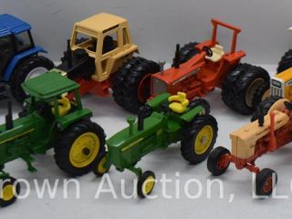 7  Toy Farmer edition die cast Tractors  all 1 43 scale