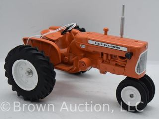 Allis Chalmers D15 die cast tractor  1 16 scale