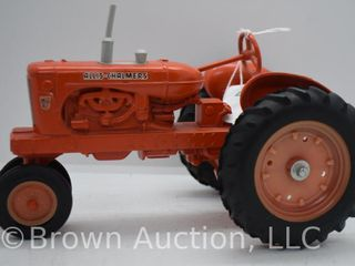Allis Chalmers WD45 die cast tractor  1 16 scale