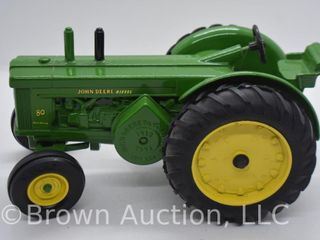 John Deere 80 die cast tractor  1 16 scale