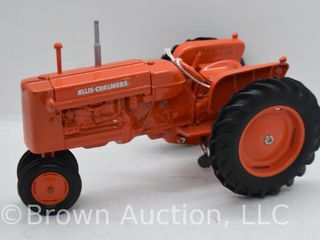 Allis Chalmers D17 die cast tractor  1 16 scale