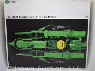 John Deere 4020 Tractor w  237 Corn Picker die cast precision series  1 16 scale