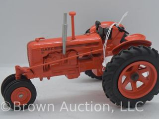 Case DC die cast tractor  1 16 scale