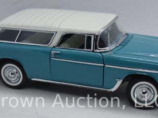 1955 Cheverolet Bel Air Nomad die cast model  1 24 scale