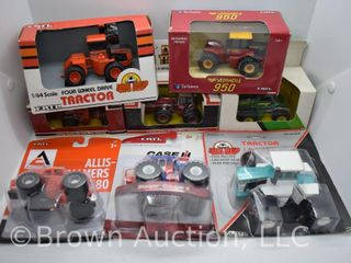 8  die cast 4WD Tractors  all 1 64 scale