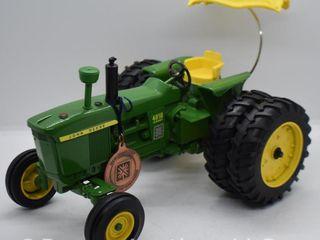 John Deere 4010 diesel die cast tractor  1 16 scale