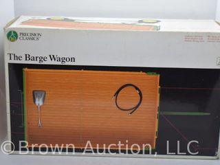 John Deere die cast Barge Wagon  1 16 scale