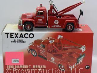 1955 Diamond T Wrecker  1 34 scale  die cast
