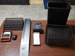 lathem Electric Time Clock  Fairly New w  Cards   Card Holder and Desk Office Sorters  Rolex  Mouse  and Waste Receptacle