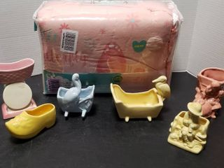 6 Vintage Ceramic Vases and Cuddles   Cribs Baby Bed Set