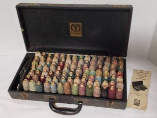 Vintage Bigelow Yarn Repair Kit for Rugs   Carpets   Case  18 x 9 x 4 in  tall