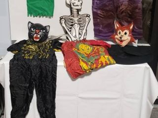 Vintage Halloween Costumes   Decor w  Party Signs