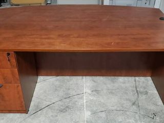 large Wood Desk w Set of 3 Drawers   Keys Included   Bottom Drawer need repaired   71 x 41 x 29 5 in  tall   Very Heavy   Bring Help to load