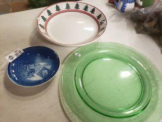 lot of Christmas Plates