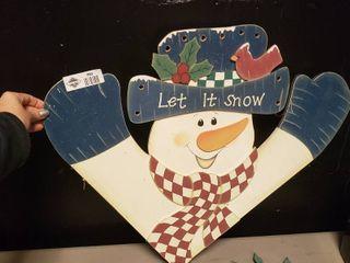 Wooden Snowman let it Snow Decor