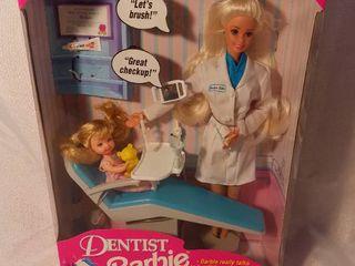 Mattel 1997 Blonde Dentist Barbie