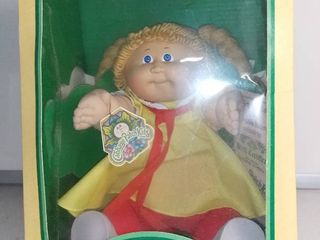 1983 Cabbage Patch Kids Doll in Box   Claudine Justina