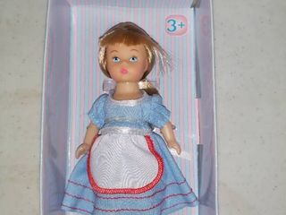 Madame Alexander Storybook Alice Mini Doll 5  In Box