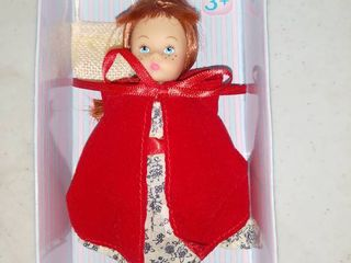 Madame Alexander Storybook Red Riding Hood Mini Doll 5  In Box