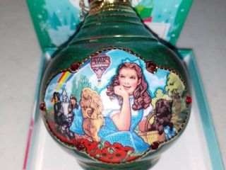 Very Cool Wizard Of Oz Christmas Tree Ornament