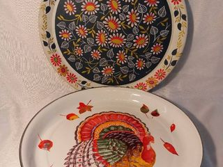 lot of 2 Metal Serving Trays