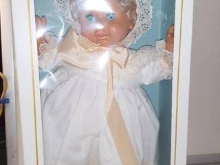 House Of lloyderson Doll In Box In Great Shape