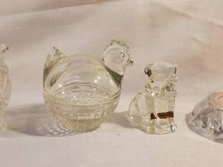 lot of 4  3 Glass Pieces with 1 Red light Stand
