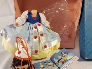 Madame Alexander Doll  Story land Edition  Queen Of Hearts