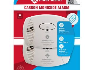 First Alert Plug in W battery Back up Electrochemical Carbon Monoxide Detector