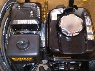 DEWAlT 3600 PSI at 2 5 GPM HONDA GX200 with AAA Triplex Pump Cold Water Professional Gas Pressure Washer