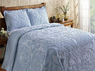Better Trends Ashton Collection in Medallion Design 100  Cotton Tufted Chenille  Queen Bedspread