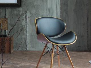 Corvus Madonna Mid century Walnut and Black Finish Accent Chair Retail 111 99