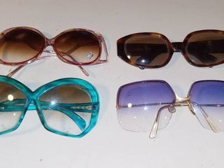 lot of 4 Vintage ladies Sunglasses