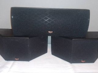 Klipsch SC 5 Center Speaker and 2 SS 5 Surround Sound Speakers