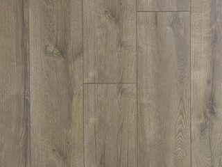 allen   roth Valencia Oak 8 03 in W x 47 63 in l Smooth Wood Plank laminate Flooring