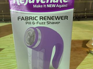 Rejuvenate Electric Fabric Renewer Pill And Fuzz Shaver Purple  In Box
