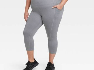 Women s Plus Size Sculpted High Waisted Capri leggings 21    All in Motion Charcoal Gray 1X