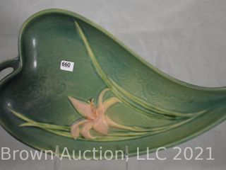 Roseville Zephyr lily 477 12  tray  green