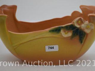 Roseville Mock Orange 932 10  planter  yellow