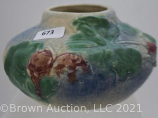 Weller 3 5  squatty vase  blue