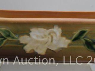 Roseville Gardenia 668 8  window box  tan