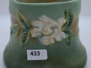 Roseville Gardenia 656 3  vase  green