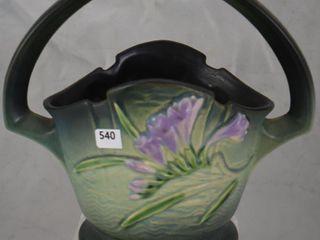 Roseville Freesia 391 8  basket  green